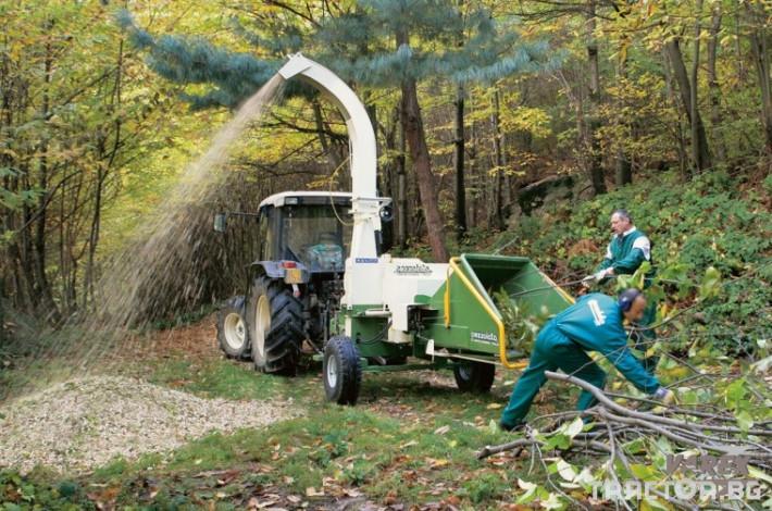 Машини за дърводобив МАШИНА ЗА ДЪРВЕН ЧИПС PEZZOLATO H 880/250 0 - Трактор БГ