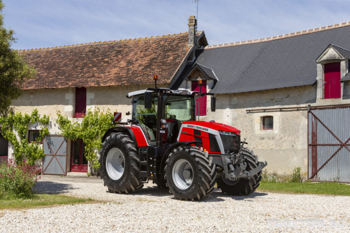 Трактори Massey Ferguson 8S.265 2 - Трактор БГ