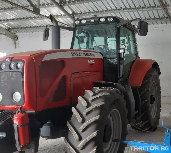 Трактори Massey Ferguson MF8460 1 - Трактор БГ